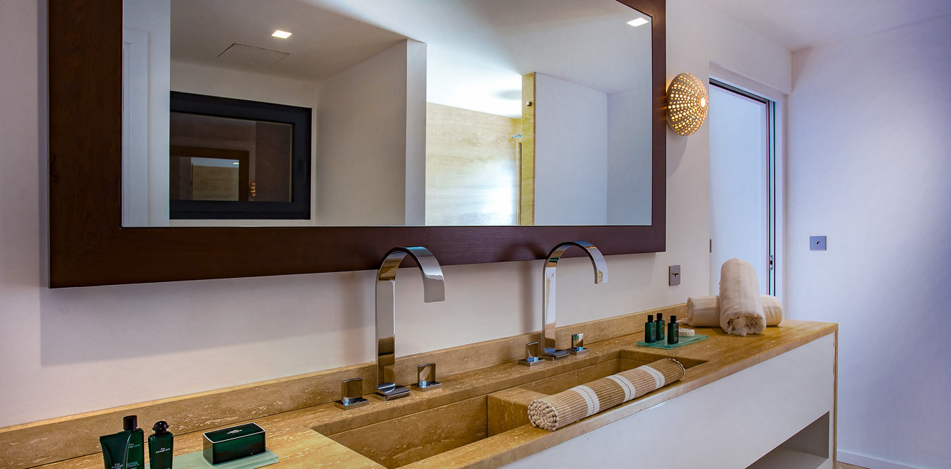 AQUA & BLEU - lbh-villa-rooms-suites-6